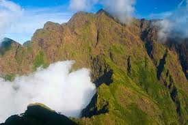 Mt. Guiting-Guitingwww.myparadisephilippines.com
