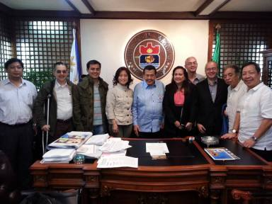 """Trend Setter"" Manila Mayor Joseph Estrada, ""Traffice Czar"" Vice Mayor Francisco ""Isko Moreno"" Domagoso with Ramon CF Cuervo III, Dra. Kirby Salvador and Escolta Commercial Association Inc."