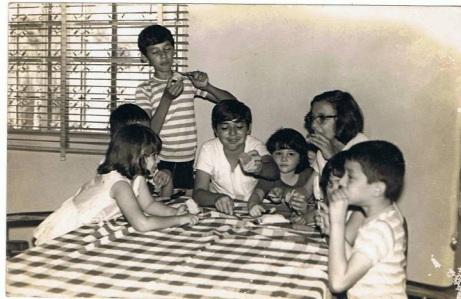 CUERVO LARGE HAPPY FAMILY, LEARN HOW TO ENJOY & SHARE A SIMPLE MERIENDA